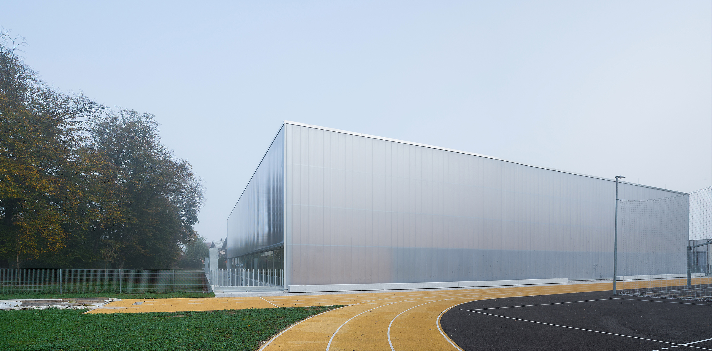 Polikarbonatna fasada - modularna fasada