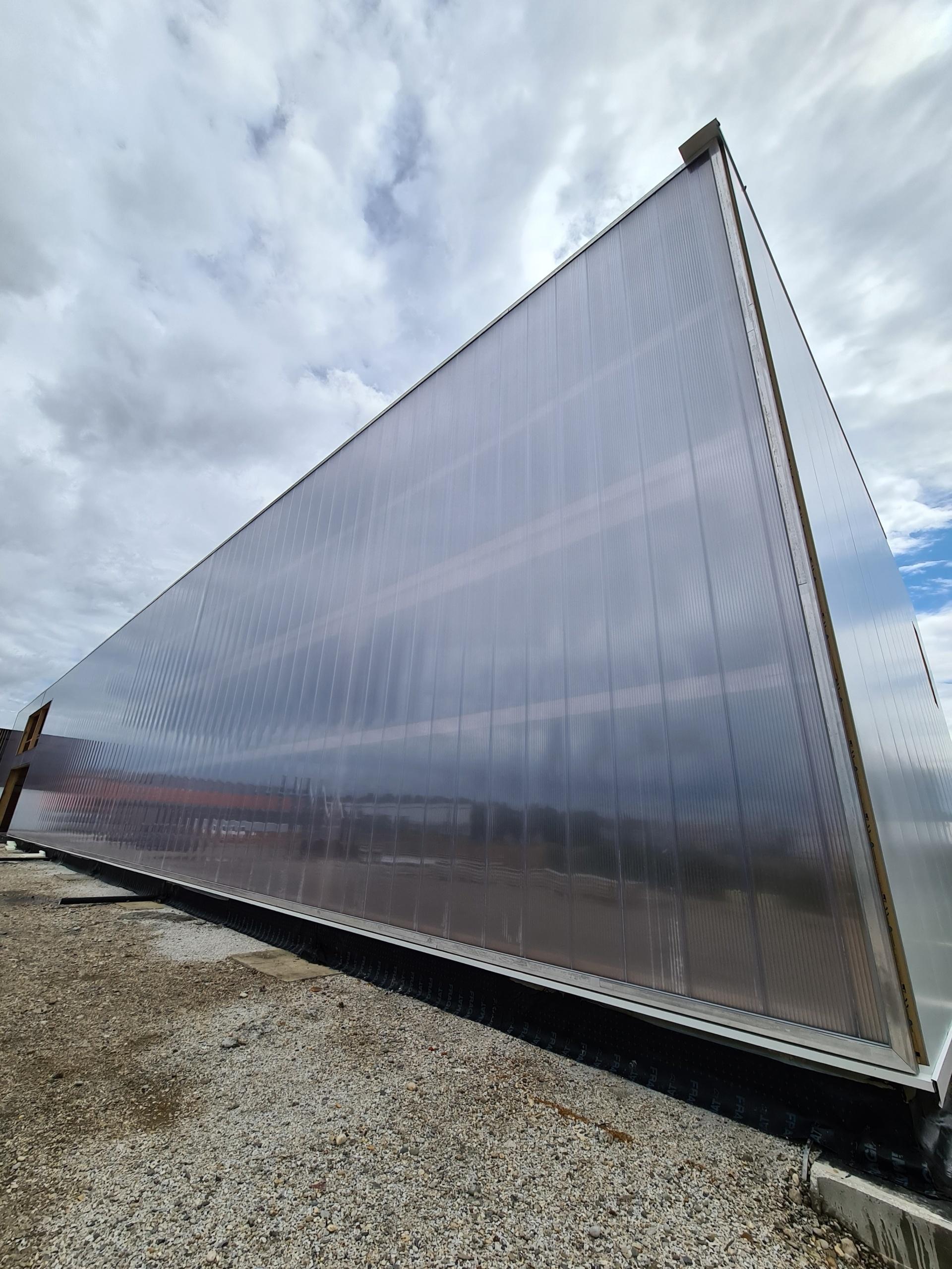 Polikarbonatna modularna fasada